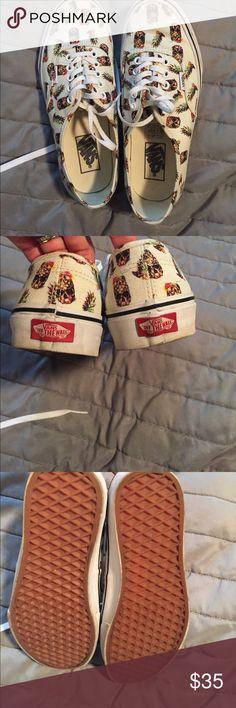Vans pineapple skulls men's 7 women's 8.5 Worn maybe two times Vans Shoes Sneakers