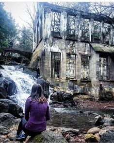 You Can Explore This Abandoned Ruin Near Toronto That Was Once A Mad Scientist's Workshop - Narcity