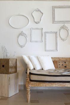 Stile ed eleganza, fascino e sobrietà Design Hotel, Entryway Bench, Spa, Relax, Furniture, Home Decor, Entry Bench, Hall Bench, Decoration Home