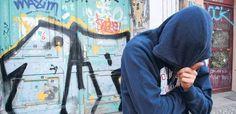 – Berliner Sprayer im Farbrausch Love Graffiti, Graffiti Writing, Graffiti Styles, Wildstyle, Inspiration, Jay, Street Graffiti, Fire, Biblical Inspiration
