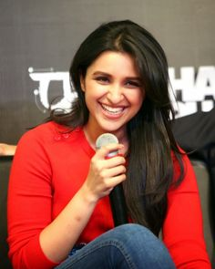 parineeti chopra hot hd wallpapers