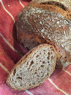 Lažanský bochník (celozrnný nehnětený kváskový chléb) | ŠKOLA KVÁSKOVÉHO PEČENÍ