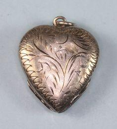 Vintage Heart Locket Double Photo Holder Sterling by PastSplendors, $40.00 #vjse2 #vintage #jewelry