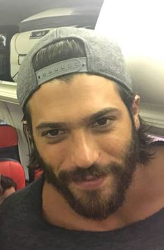 Turkish Men, Turkish Actors, Grunge Guys, In Natura, Awesome Beards, Man Bun, Beard Styles, Perfect Man, Sexy Men
