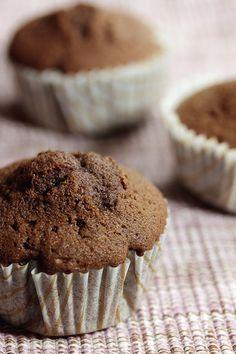 Saftige Muffins mit einer leckeren Schokoladenpuddingfüllung.