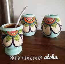 Resultado de imagen para yerbera azucarera y mates pintados a mano Tole Painting, Pottery Painting, Painting On Wood, Paper Mache Bowls, Decoupage Art, Painted Pots, Hand Painted Ceramics, Baby Headbands, Ceramic Pottery