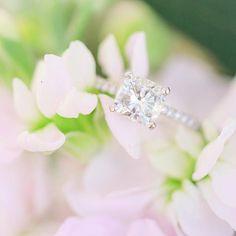 Get up close & personal with this stunning sparkler shot by @katelynndowphoto 😍  #engagementring #diamondring #weddinginspiration #bride #bridetobe #justmarried #love #bling #gold #shesaidyes #isaidyes #rosegold #engaged #engagement