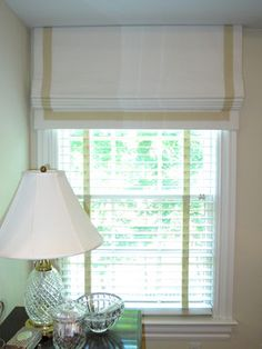 New living room curtains with blinds valances roman shades 16 Ideas Kitchen Window Treatments With Blinds, Window Coverings, Roman Blinds, Curtains With Blinds, Valances, Wood Blinds, Linen Roman Shades, White Valance, Bamboo Shades