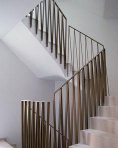 staircase detail by Fiechter & Salzmann Architekten staircase detail by Fiechter & Salzmann Architec Staircase Railing Design, Interior Stair Railing, Iron Stair Railing, Metal Stairs, Metal Railings, Balcony Railing, Modern Balcony, Modern Stairs, Balustrades
