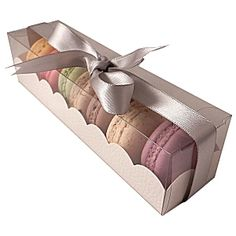 Macaroon boxes with clear sleeve - large