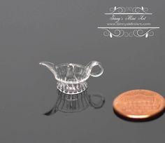 1:12 Dollhouse Miniature Glass Juice Squeezer/ Miniature