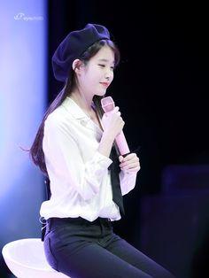 우니(@jinny3148) 님 | 트위터 Evening Primrose, Korean Celebrities, Soloing, Asian Girl, Idol, Actresses, Female, Think, Womens Fashion