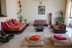 › Living room sofas and couches. Colorful Indian Homes. Should you like that living room seating ideas, enjoy even more on my website. Colorful Indian Homes. Indian Living Rooms, My Living Room, Home Decor Bedroom, Interior Design Living Room, Living Room Designs, Small Living, Living Room Decor India, Ethnic Living Room, Hall Interior