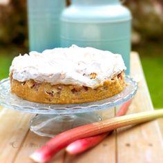 Caramelja: Erdbeerherz zum Muttertag und Lieblingsrhabarberkuchen