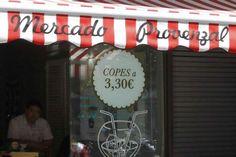 Fotografía de uno de los bares que promociona bajos precios /EL MUNDO