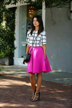 Agrega el color rosa fuscia a tus outfits