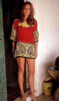 Diana Rigg WOAW she's Gorgeous ♥ !!