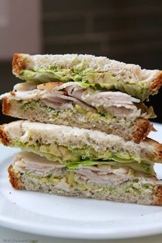Avocado and Turkey Sandwich from Phillips-Barton Thiele looks like the perf lunch! Turkey Avocado Sandwich, Turkey Sandwiches, Soup And Sandwich, Wrap Sandwiches, Lunch Recipes, Dinner Recipes, Cooking Recipes, Breakfast Recipes, Christmas Sandwiches