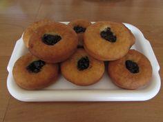 Šišky s džemom - recept   Varecha.sk Doughnut, Rum, Muffin, Breakfast, Desserts, Basket, Morning Coffee, Tailgate Desserts, Deserts