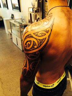 Shoulder and sleeve ta Moko piece