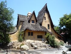2009-0627-SpadenaWitch-house.jpg (3138×2370)