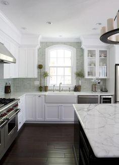 50+Modern And Luxury White Kitchen Design Ideas #kitchendesign