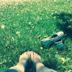 Earthing and sunning at the same time! #yay #earthing #sunshine #denver