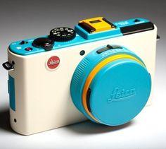 Leica D-Lux 5 ColorWare ( http://www.colorware.com/p-281-leica-d-lux-5.aspx )