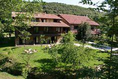 El Solaz de los Cerezos, Dormir cerca de la Cueva El Soplao, Casas rurales en Camijanes Cantabria Exterior