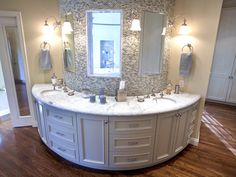 rounded sink, beautiful!