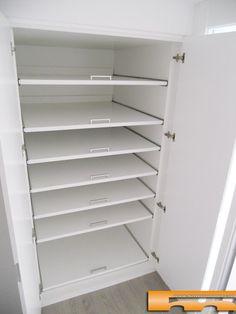 armario_a_medida_lacado_pico_gorrion_doble_fondo_100_alella_roser_recibidor interior estantes extraibles