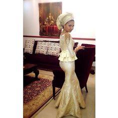 Nigerian wedding ore-iyawo aso-ebi styles special