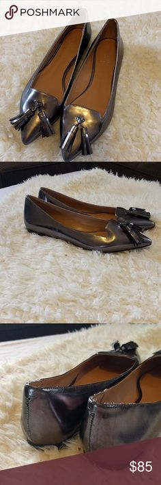 Banana Republic silver leather tassel flats Classic flats. Pointed toe with a tassel. Great condition. Anika Banana Republic Shoes Flats & Loafers