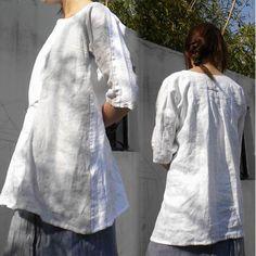 025Two Tone Woman Linen Zen Blouse Kimono Sleeve Half by EDOA