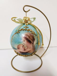 Christmas ball on metallic base by Thoulie on Etsy