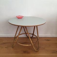 Table rotin - DailyKids Factory