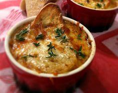 RECETA Sopa de cebolla, Hoy os traigo una receta de la típica sopa francesa de cebolla. En estos días tan fríos y después de las comidas tan copiosas de