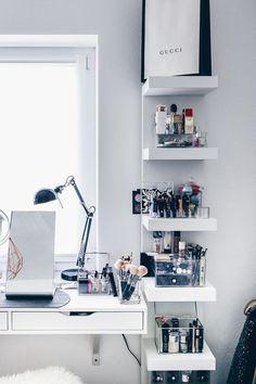 Mesa de Maquiagem: 60 Ideias para Decorar e Organizar