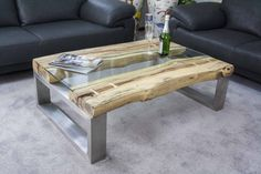 Coffee Table Furniture, Diy Furniture, Furniture Design, Log Projects, Projects To Try, Ikea Liatorp, Designer Couch, Wood Handrail, Design Tisch