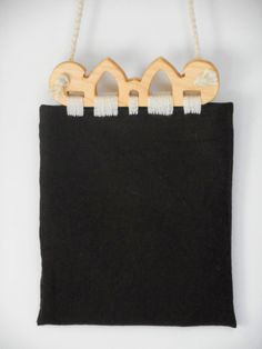 Hedeby Bag, Viking Age (Haithabu):  This piece is inspired by wooden purse frames found in the Viking Age trading settlement of Hedeby (Haithabu). Only the frames have survived to the modern era, so the rest of the bag is based on conjecture, and bags made by the Sami people. Wooden Purse, Viking Reenactment, Norse Vikings, Viking Age, Hobby, Bag Making, Amber, Frames, Rest