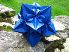Plié selon les superbes instructions d'1petiteSorcière :-) Design: Natalia Romanenko