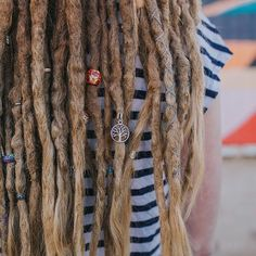 #dreadlockbeads #treeoflife #dreadbeads #blondedreads #dreadlocks #dreads #dreadlockstyle #dreadlove #dreadjewelry #wonderlocks #loveyourdreads #dreadaccessory #mountaindreads