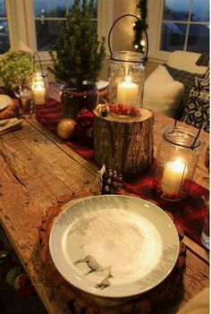 Love this rustic table setting for thanksgiving
