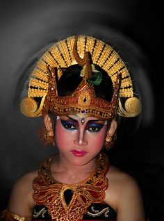 natural expression of the dancer bali II    location at Banjar Abaian Base Kuta, Bali