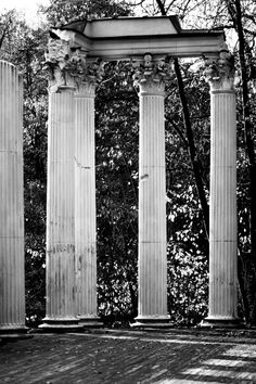 Corinthian style columns in the Park Łazienkowski (Royal Baths Park) in Warsaw, Poland.  Part of a  Roman-inspired amphitheater built in 1790-93 by Jan Chrystian Kamsetzer