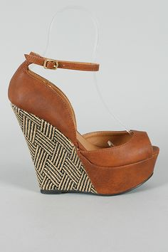 Qupid Finder-85 Open Toe Platform Wedge $27.90