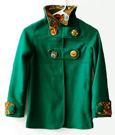 How adorable is this girls fleece coat/jacket?!?!  I'm so excited to sew one of these up with my zebra print fleece!