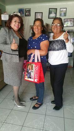 Alma , Isabel,  Maria  Lideres, Inscribite conmigo Compra o Vende Kit Empresaria  $29. Con perfume y bolsa linda de Zermat  Www.zermat.usa/almalilyan