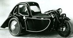 The 1929 BMW model R11 also sported interestingly shaped Royal sidecar. @designerwallace