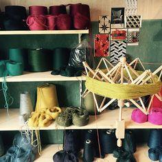 Handgefertigte Möbel und Wohnaccessoires von LandhofManufaktur